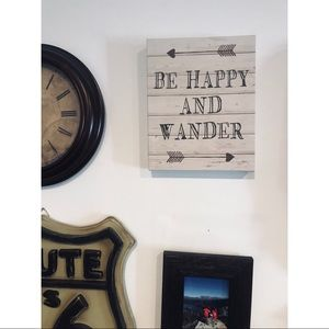 Other - Be Happy & Wander Wall Canvas
